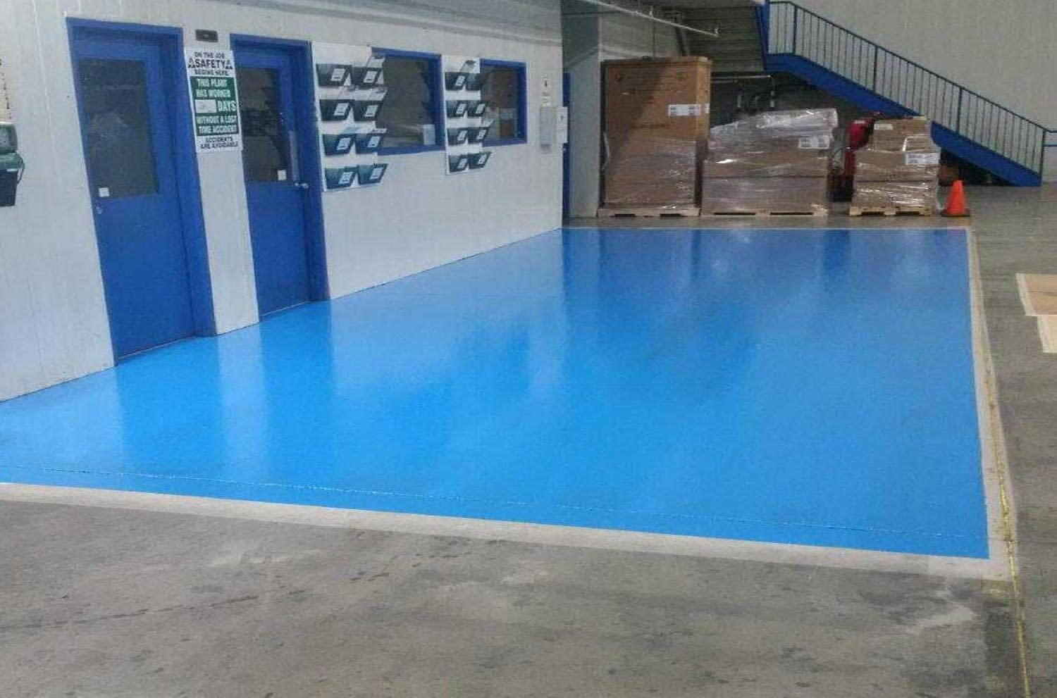 epoxy floor coating in a warehouse